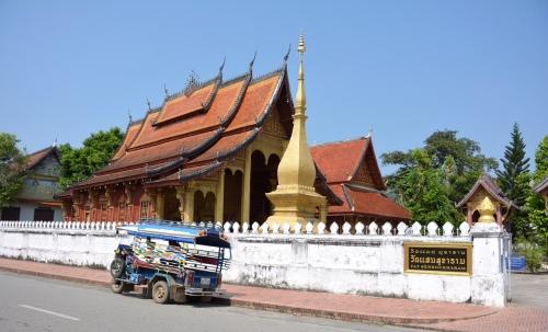 Temples & Tuk Tuk
