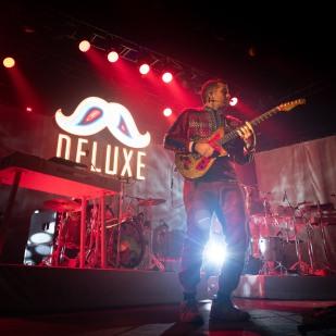 2019-10-10-DeluxeLight08